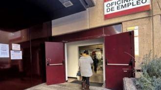 El paro baja en la región un 0,5% en junio, 2.160 desempleados menos