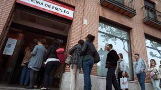 El paro sube un 1,44% en la región y el desempleo juvenil llega al 33,16%