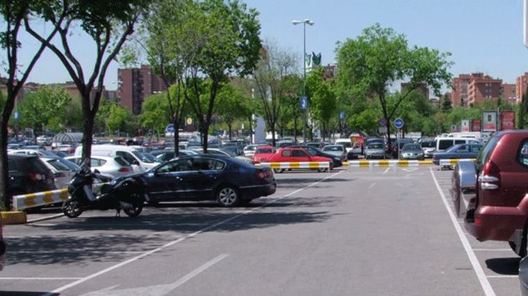 El Ayuntamiento estudia instalar medidores de aforo de coches para controlar el tráfico