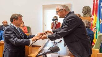 Partida toma el bastón de mando, es alcalde desde 1979