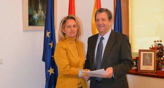 Ayuntamiento y ACOVI, acuerdo para promocionar el comercio local