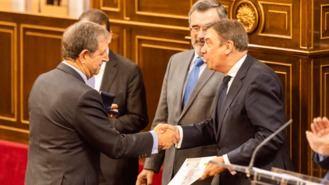 Luis Partida, homenajeado por la FEMP en el Senado en el 40,º aniversario de las Elecciones Municipales