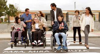 Seguridad escolar; `Para, mira y cruza´ en los pasos de cebra