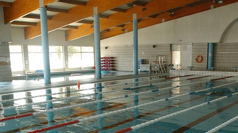 Deportes los tridentes rotos de la bbc y la mns for Piscina municipal moscardo