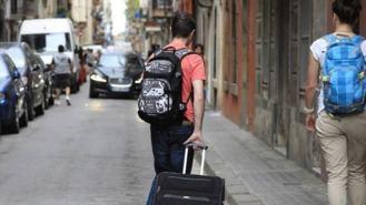 Los propietarios de pisos turísticos pagarán un 150% de recargo si no los declaran en la Renta