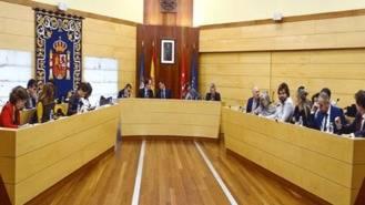 El Pleno pide a Fomento una solución a las paradas suprimidas de la A-6