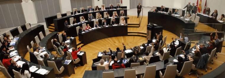 Madrid aprueba el primer registro de lobbies obligatorio