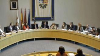 El Pleno rechaza colocar banderas de España en las prinicipales entradas de la ciudad