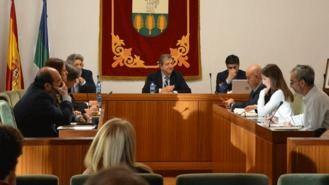 El Pleno aprueba ampliar el plazo del uso de los terrenos a favor de Aquópolis hasta 2041