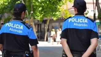 La policía local rescata a un niño de dos años de un coche robado en La Latina