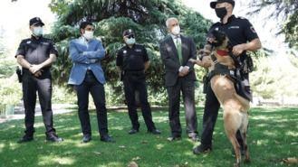 La Unidad Canina vigilará la venta y consumo de drogas en entornos escolares