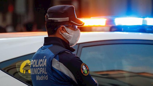 Hallada la menor de 13 años de Barcelona, un hombre detenido