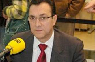 El portavoz y dos concejales del PSOE no irán en la lista