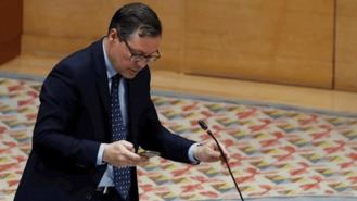 PP y Cs rechazan limitar sueldos y reducir parlamentarios pedido por Vox