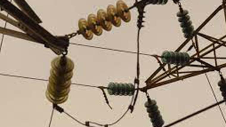 El precio de la luz vuelve a dispararse un 17% hasta los 175,87 €/MWh