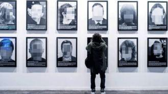 Serra presenta su obra `Presos políticos' en una fundación de Madrid