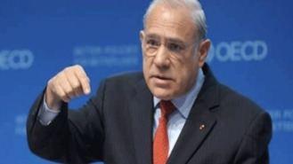 La OCDE pide a España abaratar el despido y subir impuestos a los combustibles