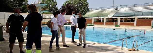 Las piscinas municipales reabren sin completar el 50% de su aforo