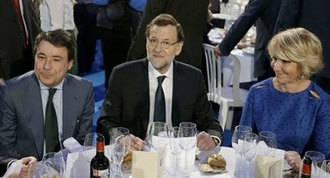 Rajoy, Aguirre y González, cena navideña en Madrid con el telón de fondo de las candidaturas