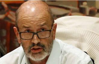 Comparece el padre de Tania Sánchez por las adjudicaciones a su hijo