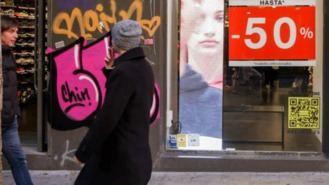 Las rebajas no salvan la contratación del comercio en Madrid, cae un 18%