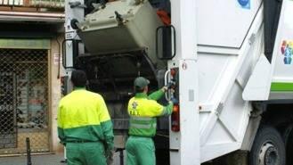 Trabajadores de la recogida de basuras amenazan con la huelga si no hay un convenio único