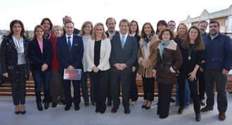 20 muniipios participan en la mesa de trabajo de la Red de Municipios por la Familia