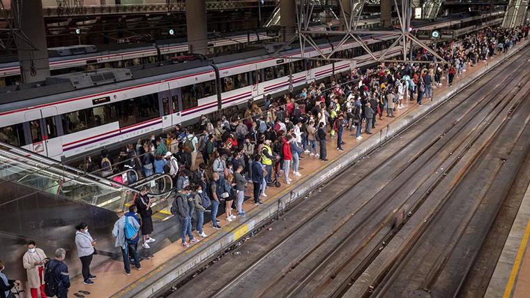 Renfe envía 1.276 burofax a sus trajadores para asegurar los servicios mínimos en la huelga