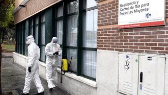 Las residencias deberán comunicar de inmediato la imposibilidad de conservar y retirar cadáveres