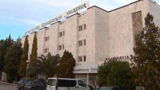 Residencia que vacunó a familiares se enfrenta a multa de hasta 15.000 €