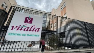 Familiares homenajean a los más de 100 fallecidos en la residencia Vitalia