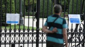 El Retiro y otros ocho parques de la capital cierran por fuertes rachas de viento
