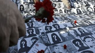 El Ayuntamiento celebra los 15 años el primer homenaje a las víctimas del franquismo
