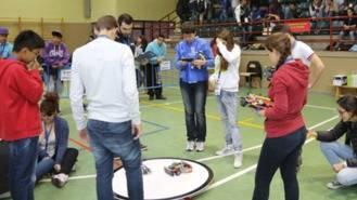 2.000 alumnos participan en la mayor competición de robótica del país