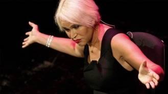La mujer, protagonista de los 25 espectáculos de la Noche de los Teatros