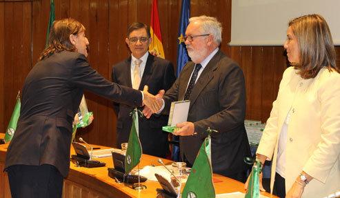 """Santos recoge el premio """"Bandera Verde"""" por la limpieza de la ciudad"""