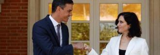 Ayuso vuelve a ejercer de oposicón a Sánchez en Moncloa