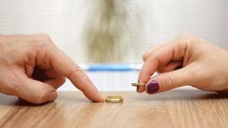 Separaciones y divorcios caen un 2,9% en la región en el primer trimestre