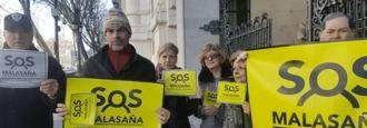 Malasaña: 'Acorralados por el botellón, el ruido y los pisos turísticos'