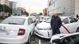 Fiscalía pide archivar la denuncia del taxi contra altos cargos de Fomento