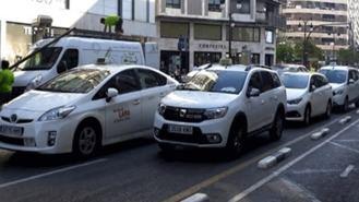 Los taxistas denunciarán a Fomento en la UE por la moratoria a las VTC