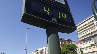 Temperaturas de hasta 42º este domingo en la región y posibilidad de calima
