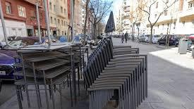Terrazas de bares y restaurantes podrían ocupar franjas de aparcamiento para no perder aforo
