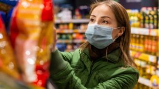 Empieza el suministro a supermercados, con problemas en calles