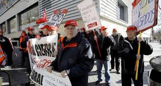 CC.OO dice no al traslado a otra planta de los trabajadores de Coca-Cola