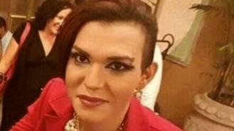 Concentración en Vallecas como repulsa a la agresión de la activista transexual, Vicky