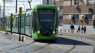 Reforma de varios puntos del trazado del tranvía en zonas de cruces con vehículos