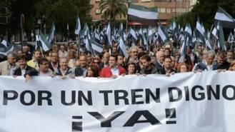 300 autobuses tomarán este sábado Madrid para reclamar un `Tren Digno´para Extremadura