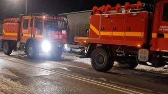 Depliegue de la UME para ayudar a retirar la nieve y el hielo de la calles