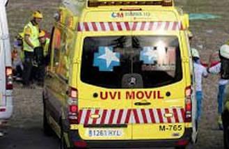 Un trabajador de 47 años herido grave tras caer de un 2º piso